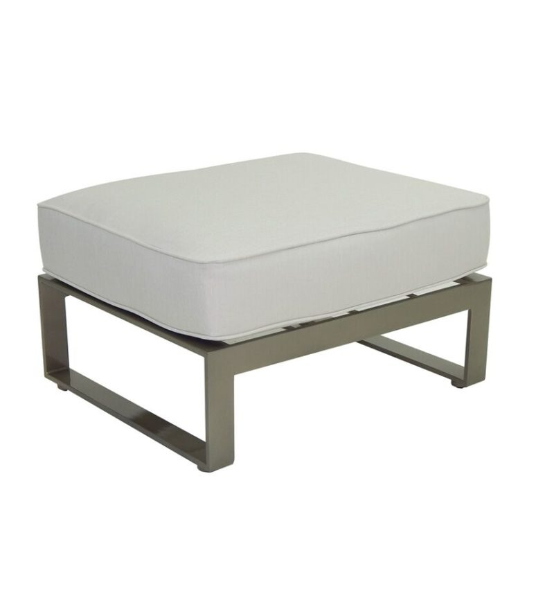 SECTIONAL OTTOMAN 2223T
