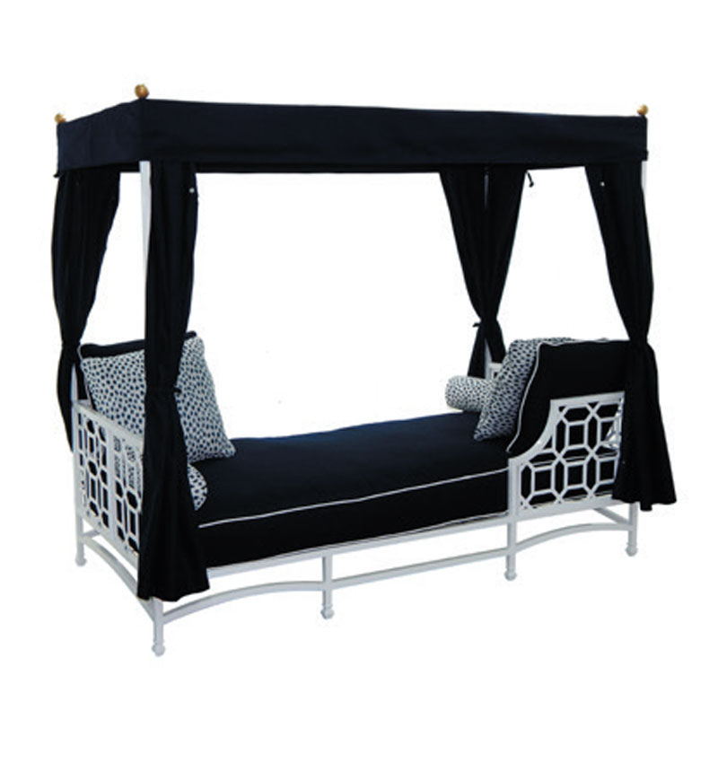 DAYBED WITH CANOPY 6260T
